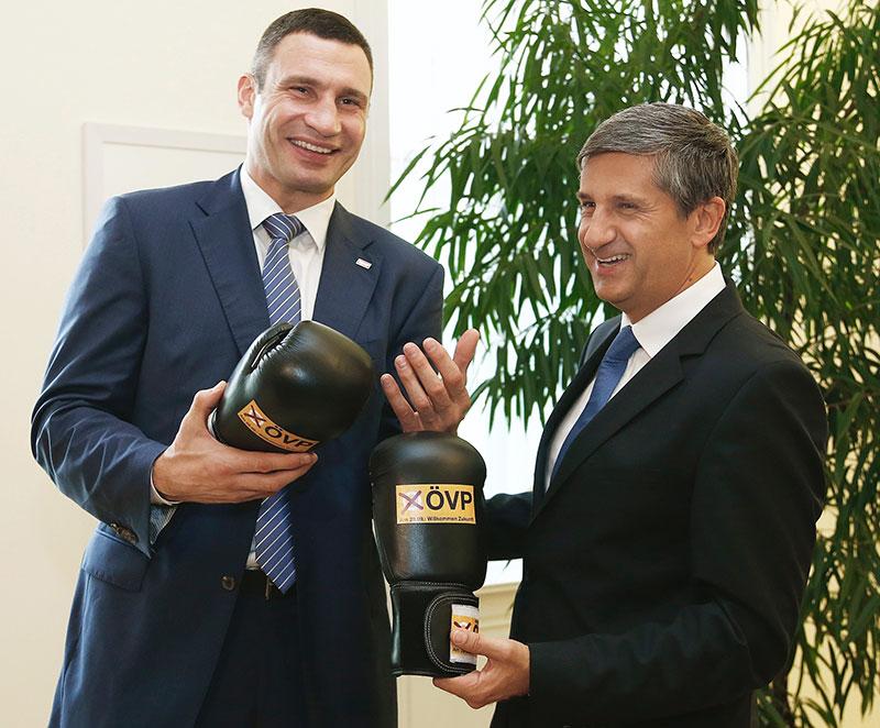 Wladimir Klitschko und Michael Spindelegger
