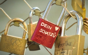 kreuz und quer<br /> Herr Schuh und die Liebe