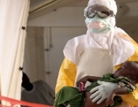 treffpunkt Medizin : Ansteckungsgefahr! Epidemien auf dem Vormarsch  Ebola - Epidemien auf dem Vormarsch  Originaltitel: Epidémies, la menace invisible
