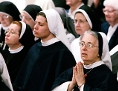 US-amerikanische Ordensfrauen beim Gebet