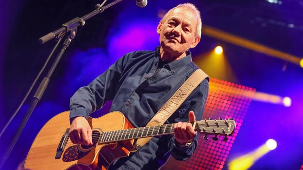 Wolfgang Ambros auf der Bühne
