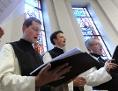 Heiligenkreuzer Mönche beim Singen