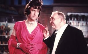 Charleys Tante <br />  <br /> Originaltitel: Charleys Tante (AUT 1963), Regie: G&eacute;za von Cziffra
