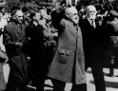 Archivaufnahme vom 29.4. 1945 zeigt den damaligen Staatskanzler Karl Renner nach der Konstituierung der provisorischen Staatsregierung
