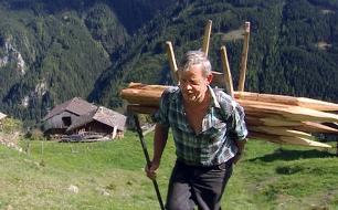 Unterwegs nach Heimat <br />  <br /> Originaltitel: (Dokumentarfilm, AUT 2004)