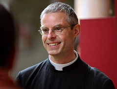 Pater Stefan Frey - piusbruderfrey_body.5411486
