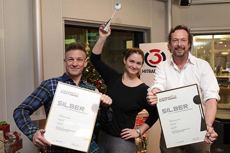Andi Knoll, Gabi Hiller und Robert Kratky mit dem Austrian Event Award in Silber.