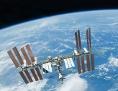 Raumstation ISS über der Erde