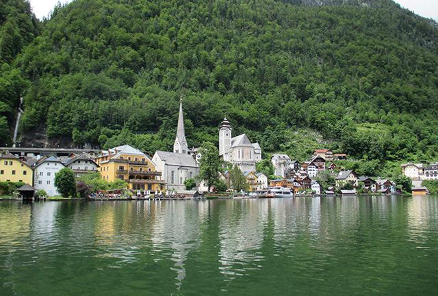 Blick auf Hallstatt und den Hallstätter See