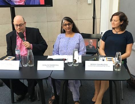 Matti Bunzl (Wien Museum), Shalini Randeria (IWM) und Dessy Gavrilova (Time to Talk) bei der Pressekonferenz