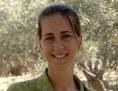 Sabine Ladstätter in einer Archivaufnahme vor der Ausgrabungsstätte in Ephesos