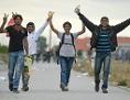 Vier geflohene Burschen bei ihrer Ankunft in Österreich
