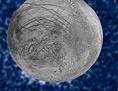 Jupitermond Europa, auf der Südhalbkugel sichtbar: Fontänen