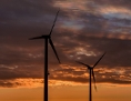 Windräder bei Sonnenaufgang