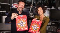 Sandra König und Robert Kratky mit der Ö3-Wundertüte 2016