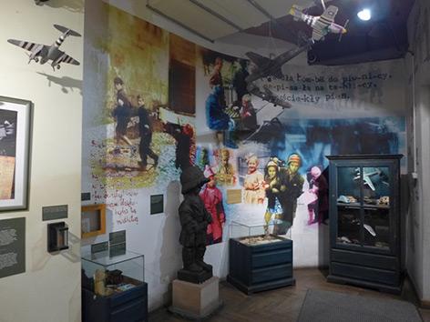 Raum der kleinen Aufständischen im Museum des Warschauer Aufstands