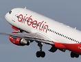 Eine Maschine von Airberlin hebt vom Flughafen Tegel in Berlin ab
