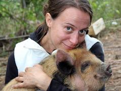 Marianne Wondrak und Kune-Schwein