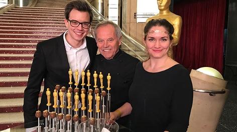 Philipp Hansa und Gabi Hiller mit Wolfgang Puck