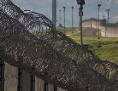 Zaun mit Stacheldraht: Grenzwall zwischen USA und Mexiko in San Ysidro, Kalifornien