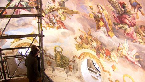 Aus dem Rahmen  Die Karlskirche