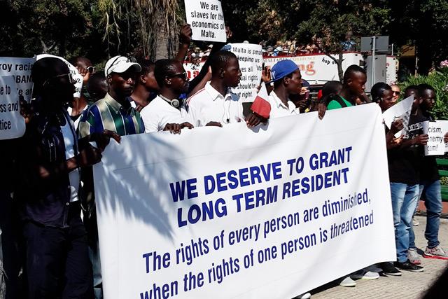 Geflüchtete demonstrierten im Juli 2015 gegen Entrechtungen und Diskriminierungen