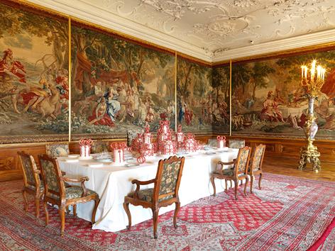 Kaiserzimmer des Stiftes Klosterneuburg: die Speisetafel zur jährlichen Hofwallfahrt Maria Theresias