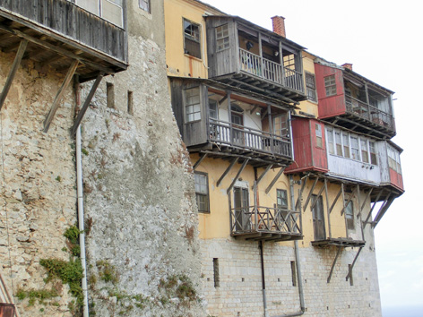 Megisti Lawra, das erste und wichtigste Kloster des Athos wurde befestigt um sich gegen Eindringlinge verteidigen zu können.
