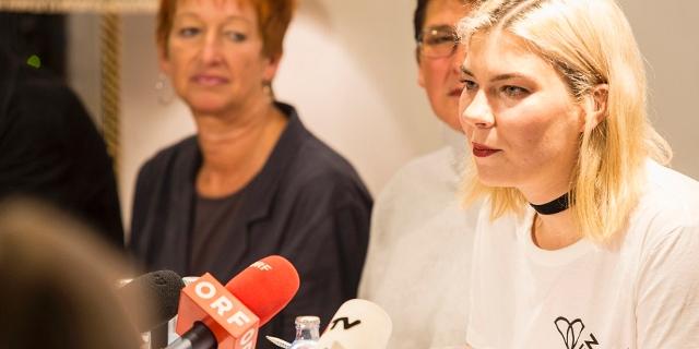 Eva Rossmann ud Theresa Havlicek