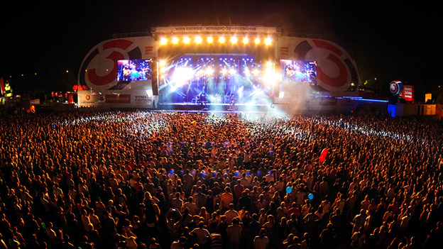 die facts das donauinselfest in zahlen oe3 orf at