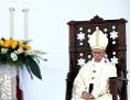 Papst Franziskus bei einer Messe in Genua