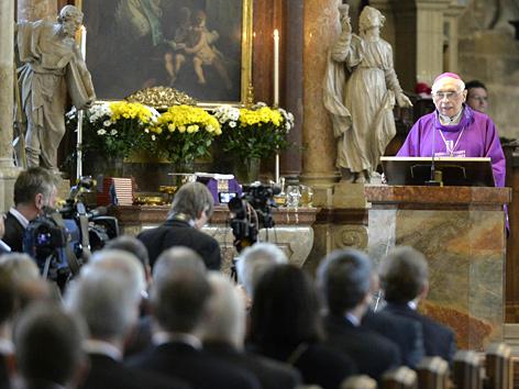 Weihbischof Helmut Krätzl anlässlich der Trauerfeier für Alois Mock im Wiener Stephansdom