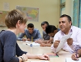 Teilnehmer an einem Deutschkurs für Flüchtlinge
