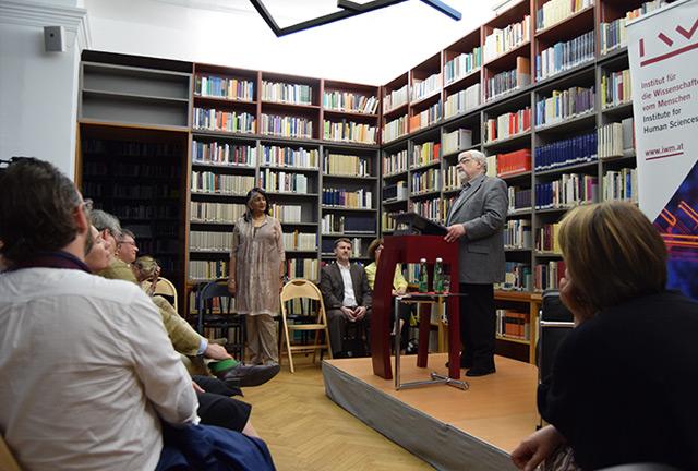 Andrei Plesu bei der Veranstaltung am IWM in Wien