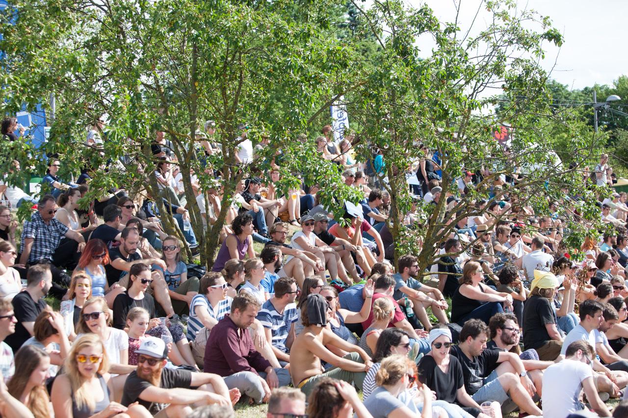 Publikum beim Full Hit Of Summer in Linz