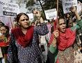 Frauen in Indien demonstrieren gegen sexuelle Gewalt