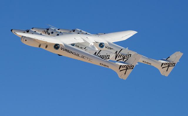 Trägerflugzeug WhiteKnightTwo mit SpaceShipTwo