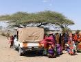 Nahrungsmittelverteilung in North Horr im Norden Kenias