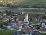 Die Wachau zählt zu Österreichs prägendsten Kulturlandschaften: Noch malerischer kann man sich eine Weingegend gar nicht vorstellen.