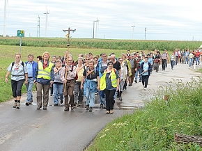 Pilger am Weinviertler Pilgerweg
