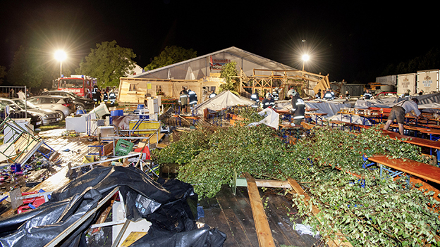 Zelt 2 Tote : Sturm im innviertel zwei tote bei zeltfest oe orf at