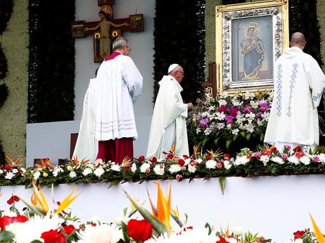 Papst Messe Medellin