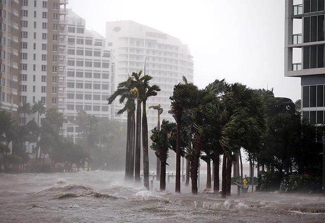 """Land unter in Miami: """"Irma"""" brachte Wassermassen in die Millionenmetropole"""