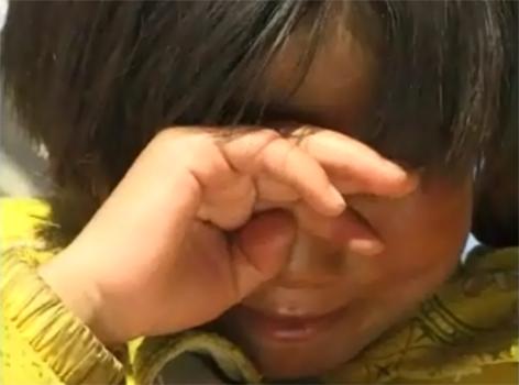 Kind auf dem Weg nach Nordindien über den Himalaya