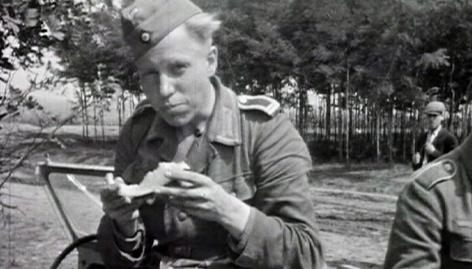 Junge deutsche Soldaten