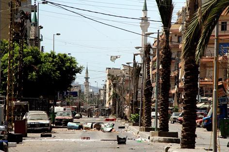 Ein verwüsteter Straßenzug in Tripoli