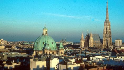 Blick über Wien und den Stephansdom