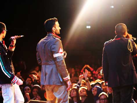 Bilder von der Bühne des Muslim Festival im Austria Center.