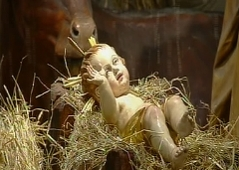 Christuskind im Petersdom liegt beim Ochsen im Heu