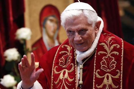 Papst tritt zurück